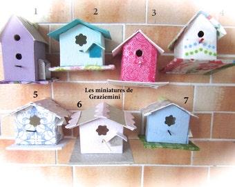 Miniature birdfeeder unique models-scale 1:12-Dollhouse miniatures