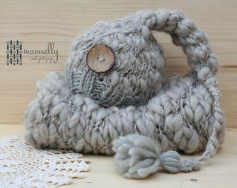 Handspun wool set, handspun blanket and cap, handspun yarn props, thick and thin yarn prop, thick and thin yarn blanket,soft blanket, merino