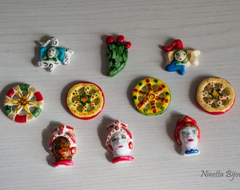magnets and pendants in hand-painted Sicilian ceramic powder