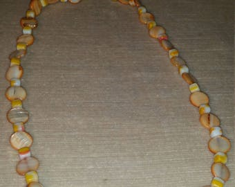 Mother of Pearl 12mm flat round and 5mm by 5mm small Pieces