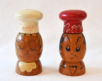 Vintage Salt And Pepper Shakers, 1960's Woodpecker Woodware