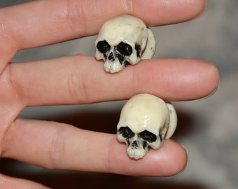 Ear plugs with SKULLS  - 10 mm - 12 mm - 14 mm - 16 mm - 18 mm - 20 mm