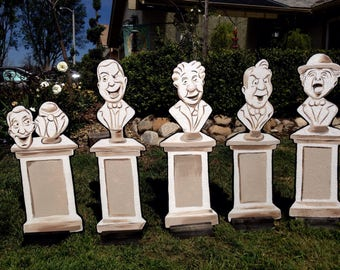 Haunted Mansion Busts Lawn Display