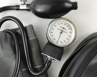 Sphygmomanometer-Vintage Blood Pressure Cuff-Retro Medical Supply-Nurses Tools