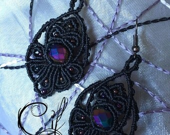 Earrings Blacks and Reflections Purple Macramè