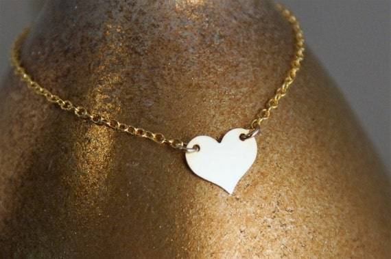 Hear Bracelet / 14K Gold Filled Bracelet with Heart / Dainty Gold Bracelet