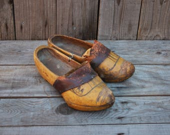 Charming pair of antique vintage carved wooden clogs UK womens size  6