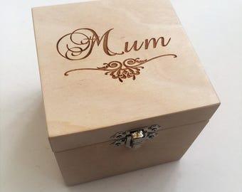 Personalised Mum gift//Mothers' Day/Nana/Grandma/Granny Gift/ Birthday/Memories, trinkets and treasures Box