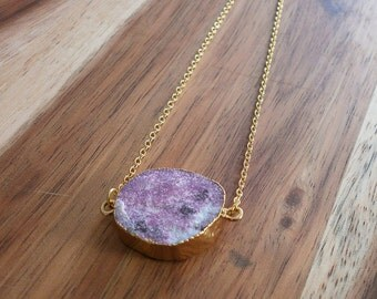 Gold plated necklace with drusy agate