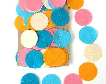 Colourful Felt Circle Garland / Colourful Birthday Streamer/ Handmade Felt Bunting / Bright Colorful Streamer / Felt Party Decoration