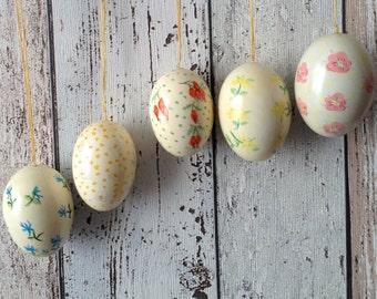 5 Real Eierschale Ostereier, hand gemalten Satz 5 Vintage deutsche dekorative Eier mit Blumen-Designs & Schnur zum Aufhängen, Hütte schicken