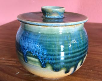 Ceramic bowl with lid, ceramic jar, blue pot with lid