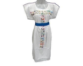 Embroidery mexican Dress, Boho dress, Frida Kahlo dress, Mexican embroidered dress, Mexican embroidery dress fits m-l vtg K79
