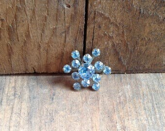 Little Blue Snowflake Pin (J12)