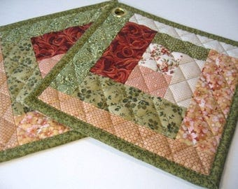 Fall is in the air Hot pads, Pot holders, Oven pads, Fabric hot pads, Quilted pot holders, Oven mitt