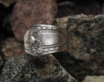 1916 Heraldic Antique Spoon Ring Size 6.5 R232