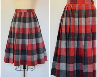 Vintage Plaid Skirt/ 50s Reversible Pleated Wool Skirt/ Pendleton Turnabout Style/ Red and Gray Tartan/ Rockabilly Schoolgirl Librarian/ XS