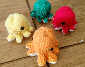Mini Knitted Octopus Baby