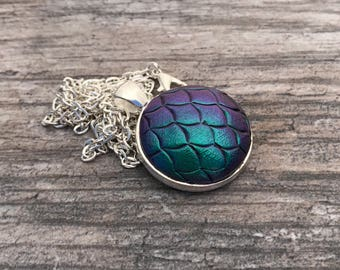Dragon Scales Pendant. Mermaid Scales Necklace. Magic. Fantasy. Dragon Skin. Dragon Egg. Gifts for Her. Mythological Creatures.