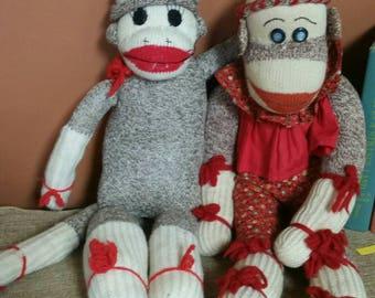 Sock Monkey Couple/Vintage Homemade Sock Monkey Dolls/Homemade Gift/Nursery/Kid's Room/Baby Shower Decor/Upcycle Project/Vintage Photo Prop