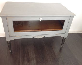 SOLD    Shabby Chic unit Annie Sloan Chalk Paint