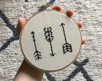 "Arrow Embroidery | 5"" Hoop 