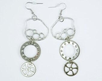 Earrings gears to Silver earrings steampunk earrings unique gear pair of earrings vintage retro jewelry hanging earrings