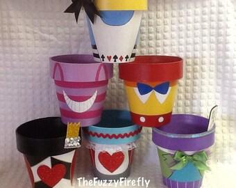 1 Large Alice In Wonderland Inspired Paper Mache Pot,Alice in wonderland centerpiece,Tweedle Dee Dum,Party Decoration,Baby Shower Decor,