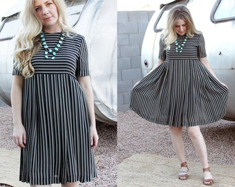 90's Striped Pleated Shift Dress, Women's size S/M