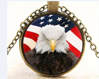 Cabochon Necklace Eagle Cabochon Glass