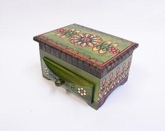 Handmade Wooden Jewellery chest/Keepsake Box/ Small Drawer Box/ Jewelery Storage Box/ Trinket Box/ Flower Motif