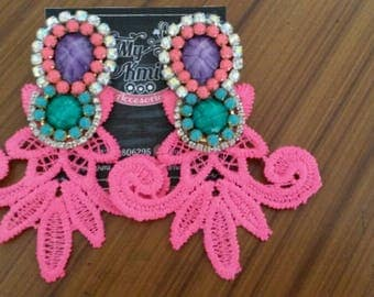 Long earrings with Rhinestones and torchon
