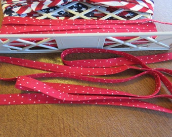 Handmade Bias Seam Binding - Double Fold - Cotton - Vintage - Red With Stars - 1 Yd.