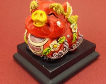 Ceramic Figurine Yellow China Red Pig Japan Vintage For Collection & Gift 414