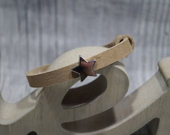 Leather strap with Schiebeperle star