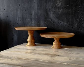 Wooden cake stand - Classic