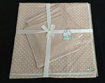 Irish Linen Tablecloth And Four Napkins, Vintage Polka Dot In Coffee Brown