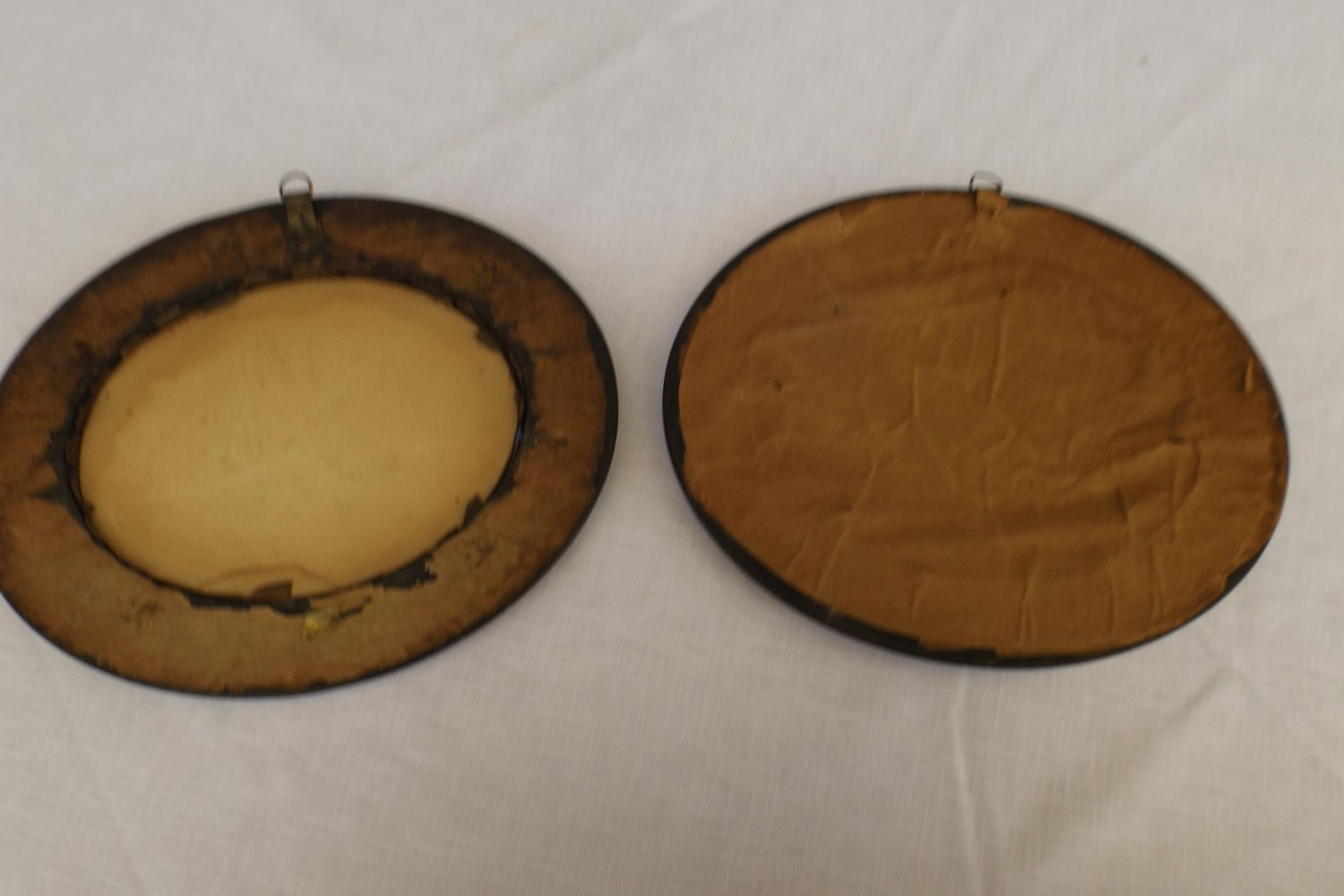 Sale 19c english set lot of 2 antique oval woodenbrass frames sold by antiquethebest jeuxipadfo Gallery