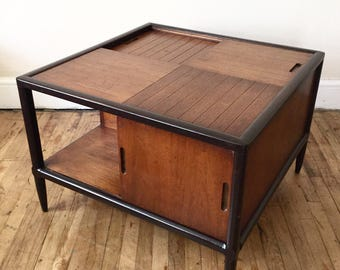 Mid Century coffee table. Sophisticate by Tomlinson!