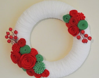 Felt and Yarn Christmas Wreath in red, green and white - Traditional Christmas Wreath