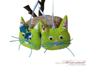 Set of 2 cat pendant made of fabric