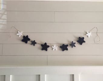 Crochet star garland, bunting, banner, stars, Independence Day, Fourth of July, patriotic, farmhouse, ready to ship