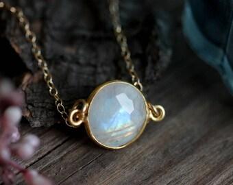 Dainty Moonstone Bracelet, Gold Filled Chain, June Birthstone, Minimalist Gemstone Jewelry, Boho Chic