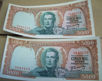 Two 5000 Peso Bills from Banco Central Del Uruguay 1971 Uncirculated