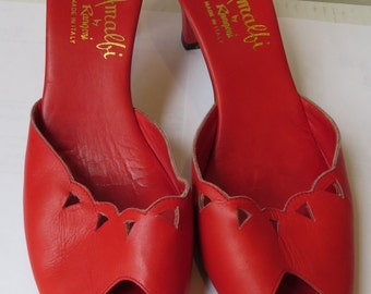 1950s fire-engine red wooden heels/ 1950s by VintageVictoryCo