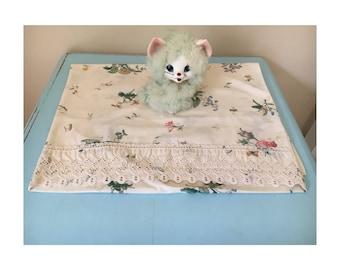 1 x vintage floral pillowcase with lace trim - standard size.