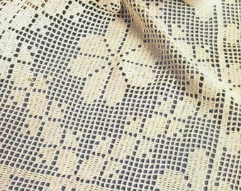 143. Vintage doily UK Filet crochet  pattern in pdf