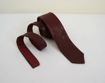 Vintage Leather Skinny Tie, Cherry Red Leather Nectie, 1980s, Made in Italy