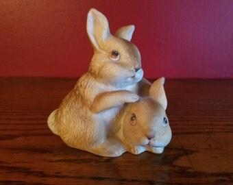 Homco Vintage Rabbit Figurine, bunny figurine
