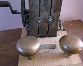 Hand Crank Shock Device